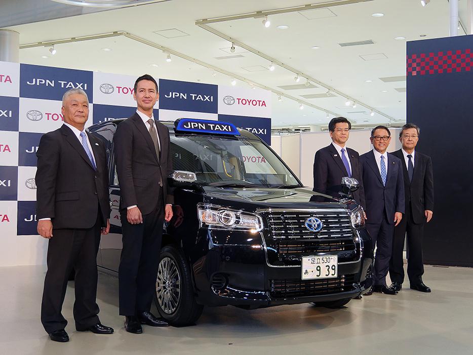 次世代タクシー「JPN TAXI」
